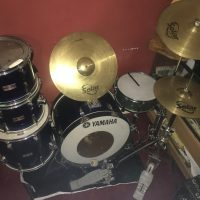 Yamaha five drum kit and cymbals