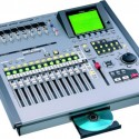 ROLAND VS2400. 24 TRACK DIGITAL RECORDING STUDIO