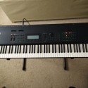 YAMAHA SY99 76-key synthesizer with 16-track sequencer (and full flight case)