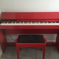 Roland F-120r digital piano