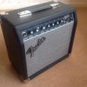 FENDER FRONTMAN 15R GUITAR AMPLIFIER